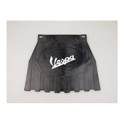 "- Mud flaps (with ""Vespa"" writing in white) in black ""Europa"" rubber"