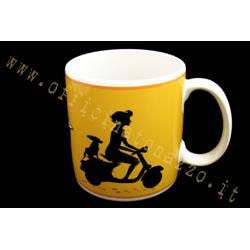VPCE07 - Vespa mug in yellow ceramic and black Vespa