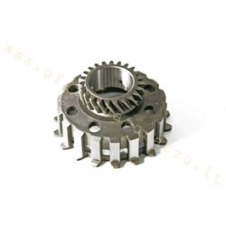 70623 - Pinion Z 23 meshes on primary Z65 for clutch 8 Vespa springs