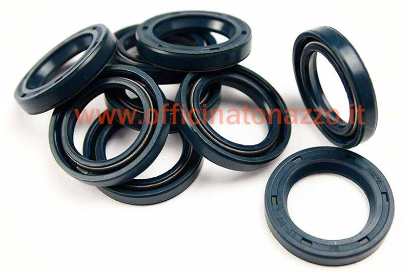 Rear hub pulley shaft oil seal (17x25x5) for Ciao - Bravo - SI - Boxer (original ref. 114469)