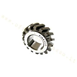 25270941 - Pinasco pinion Z 17 meshes on the original Z68 primary for Vespa 50 - Ape 50