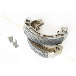 GF0128FTR - Newfren front or rear brake shoes with grooves for Vespa PX - PK (excluding PK S 1st series without arrows). Rear only for Sprint GL GT GTR RALLY TS